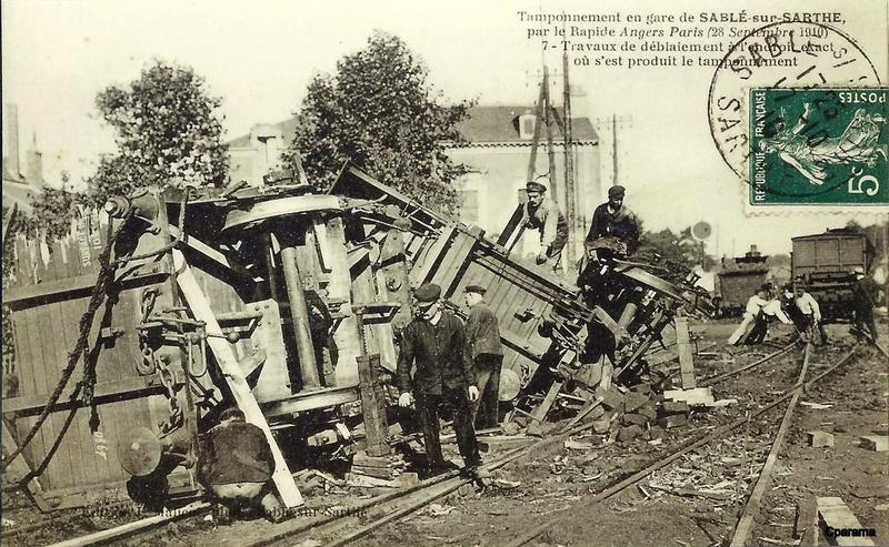 Gare de Sablé-sur-Sarthe (PK 258,9) 13944410
