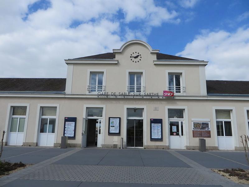 Gare de Sablé-sur-Sarthe (PK 258,9) Bv_gar10