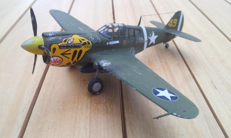 [Academy]P-40E Warhawk 2017-015
