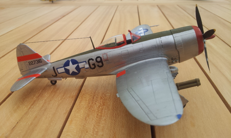 [Academy]P-47D Thunderbolt Bubble-Top 2017-016