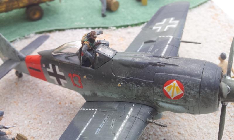 [Academy] Fockewulf Fw-190A8 2017-097