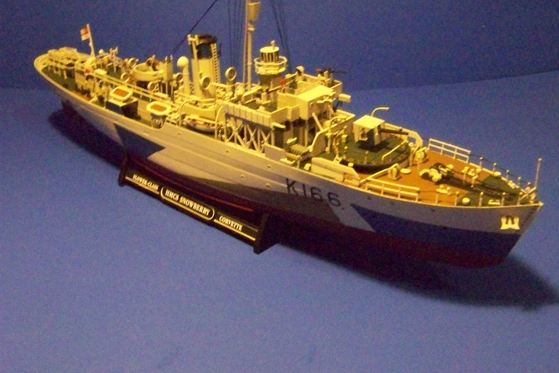 HMCS Snowberry von Revell in 1:144 100_3935