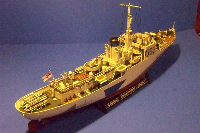 HMCS Snowberry von Revell in 1:144 100_3936