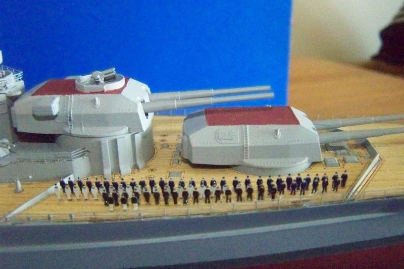 Meine Tirpitz in 1:350 von Tamiya 102_3911