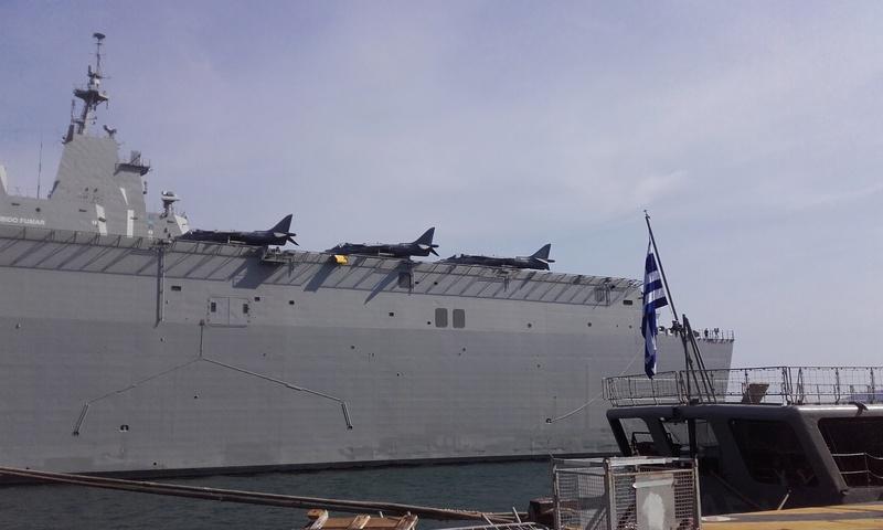 [LES PORTS MILITAIRES DE MÉTROPOLE] Mouvements de Bâtiments dans la rade de Toulon - Page 15 05312