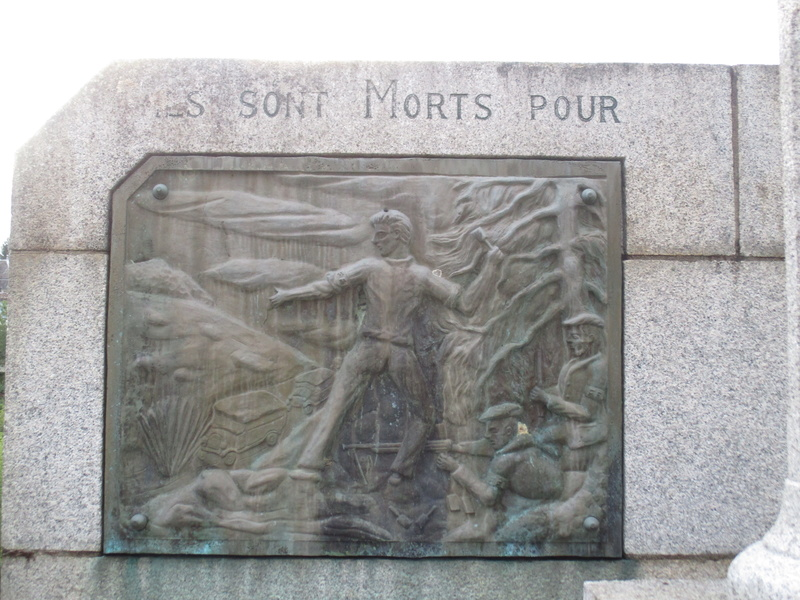 [ Histoires et histoire ] Monuments aux morts originaux Français Tome 2 - Page 2 34010