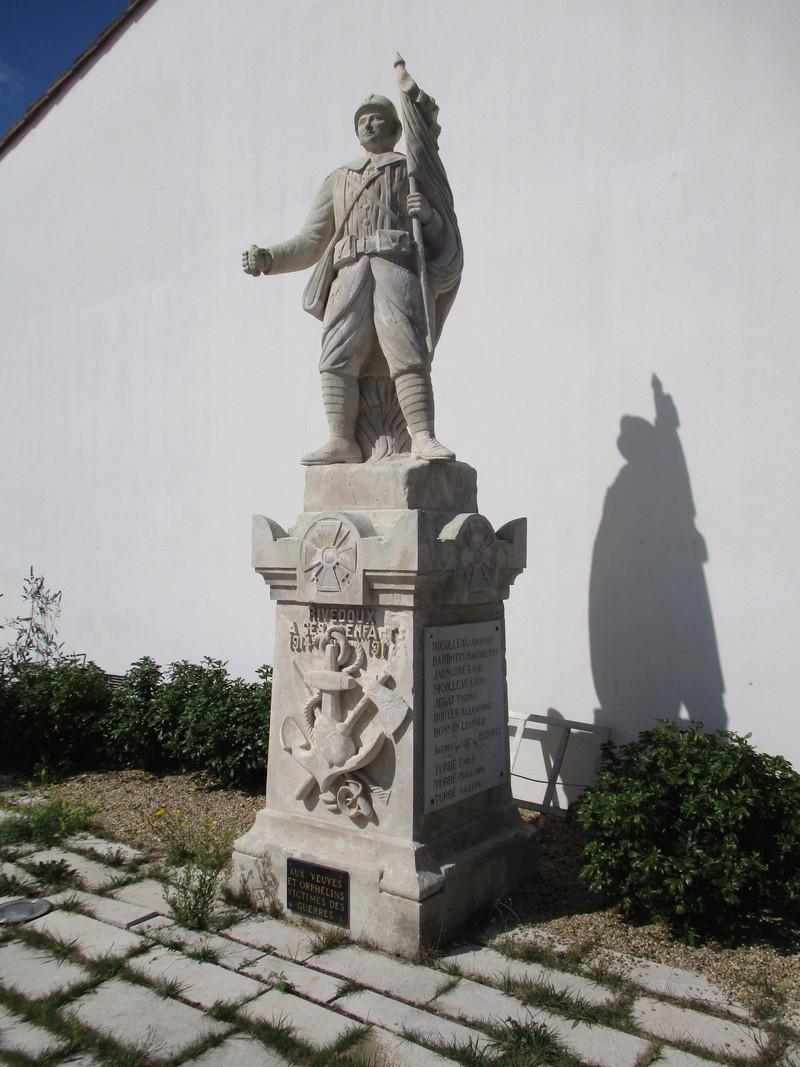 [ Histoires et histoire ] Monuments aux morts originaux Français Tome 2 - Page 2 36710