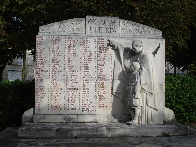 [ Histoires et histoire ] Monuments aux morts originaux Français Tome 2 47210