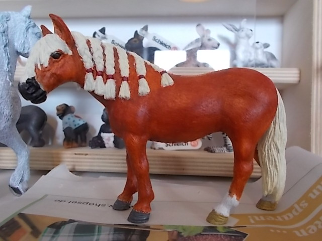 I started with repainting - Schleich horses Andalu11