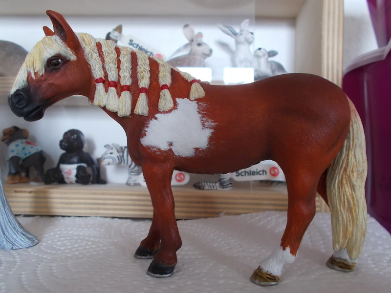 I started with repainting - Schleich horses Andalu18