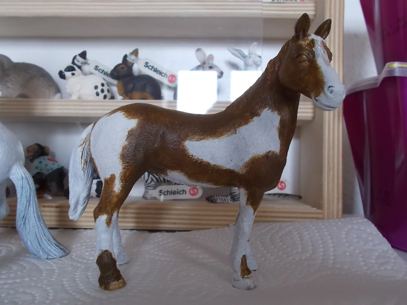 I started with repainting - Schleich horses Appalo10
