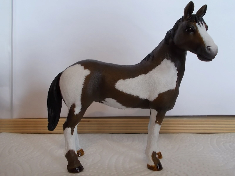 I started with repainting - Schleich horses Pinto_13