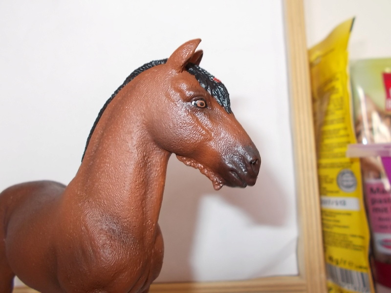 I started with repainting - Schleich horses Shire_12
