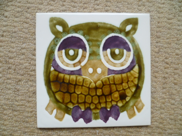 A Clive Simmonds Owl Tile -Hereford Tiles Ltd P1270211