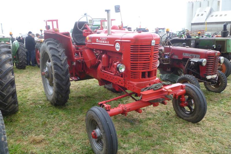 Tracteurs agricoles divers  - Page 2 Tracte10