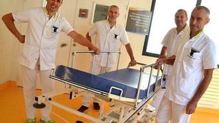 شركة T.RE.SO : توظيف 27 منصب موظف خدمة نقل المرضى دخل المركز الاستشفائي ابن رشد بالدارالبيضاء Branca10