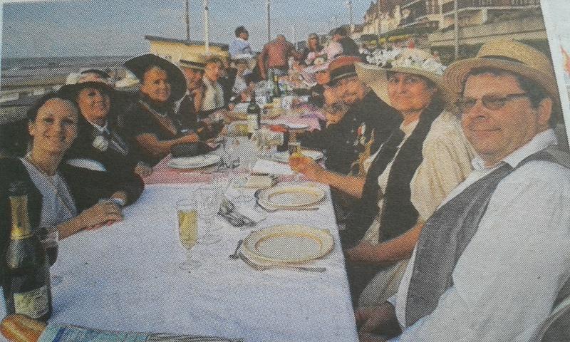 Diner sur la digue samedi 26 aout 2017 Cabourg - Page 2 20170810