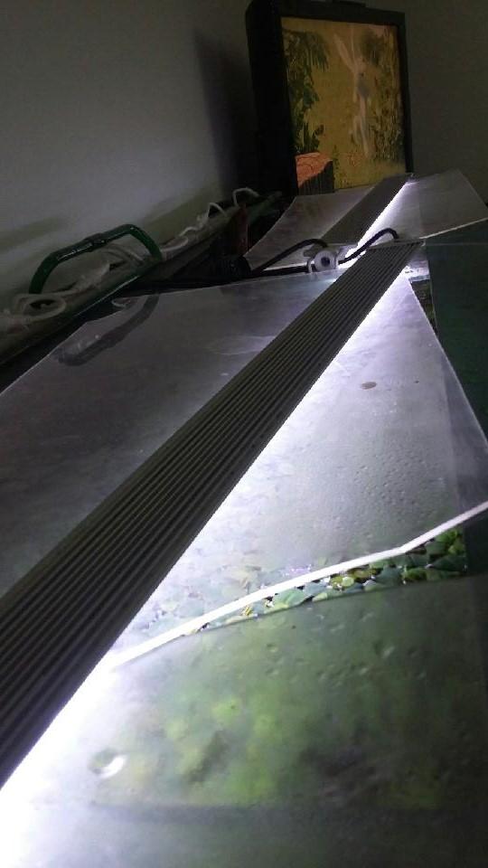 Votre avis sur cette rampe LED + suppression du couvercle ? 20170910