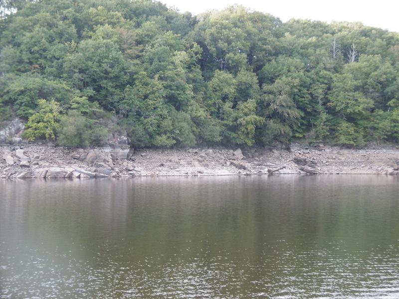 Lac à moins 8 mètres en 2017  P1000622