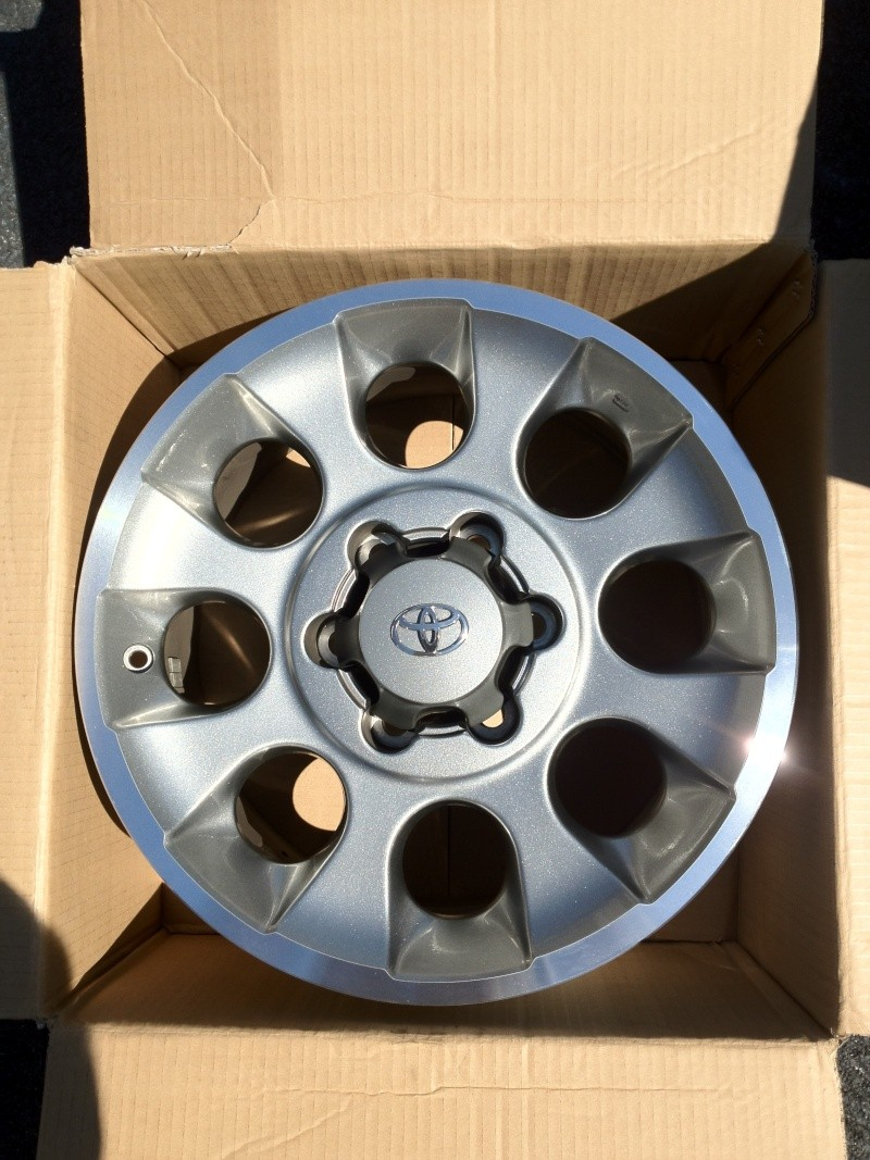 FJ Wheels and TRD lookalikes 4 sale. Misc_112