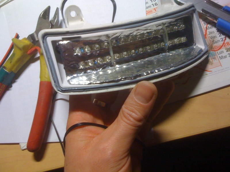 Tri-Bar LED à 10 Euros!!! Tri_ba23