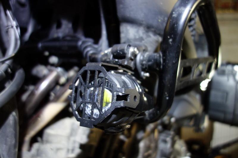 Montage feux additionnels à LED Dsc01722