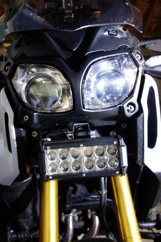 Montage feux additionnels à LED Dsc01724