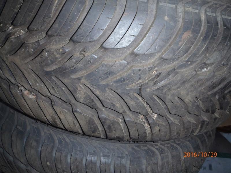 AH les pneus les pneus les pneus Pa290013