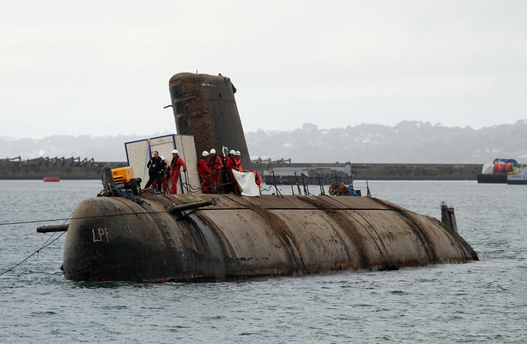 [Autre sujet Marine Nationale] Démantèlement, déconstruction des navires - TOME 2 - Page 7 2_q83510