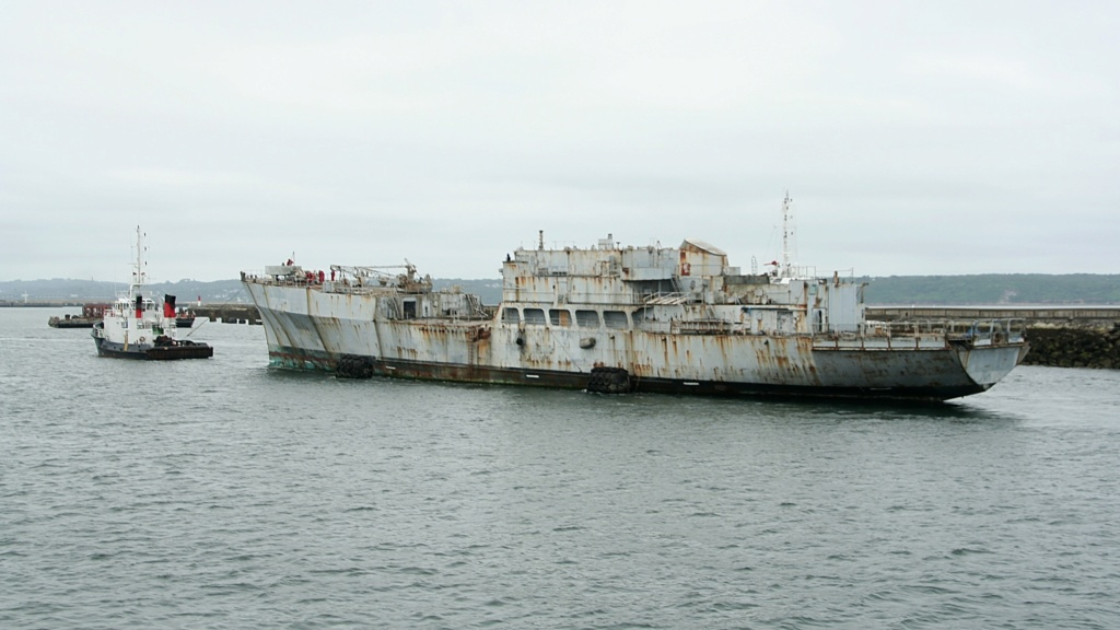 [Autre sujet Marine Nationale] Démantèlement, déconstruction des navires - TOME 2 - Page 6 6_q_sa10