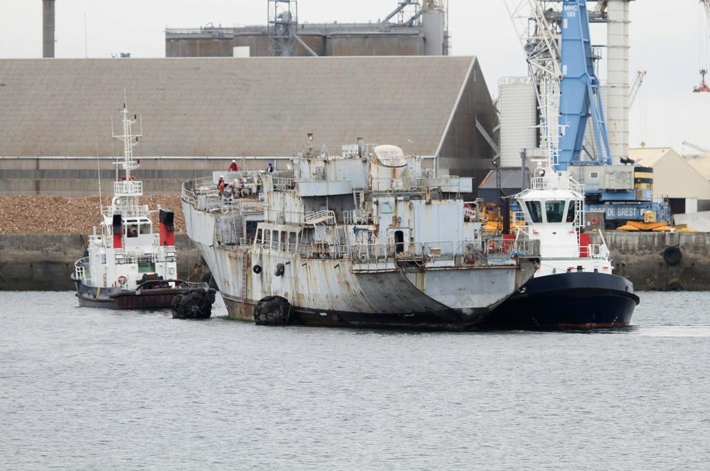 [Autre sujet Marine Nationale] Démantèlement, déconstruction des navires - TOME 2 - Page 6 7_q_sa10