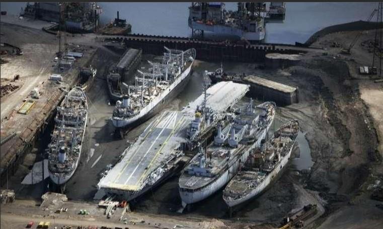 [Autre sujet Marine Nationale] Démantèlement, déconstruction des navires - TOME 2 - Page 10 Able_u10