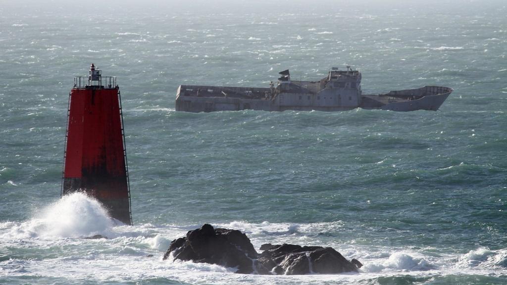 [Autre sujet Marine Nationale] Démantèlement, déconstruction des navires - TOME 2 - Page 12 Ex_ste10