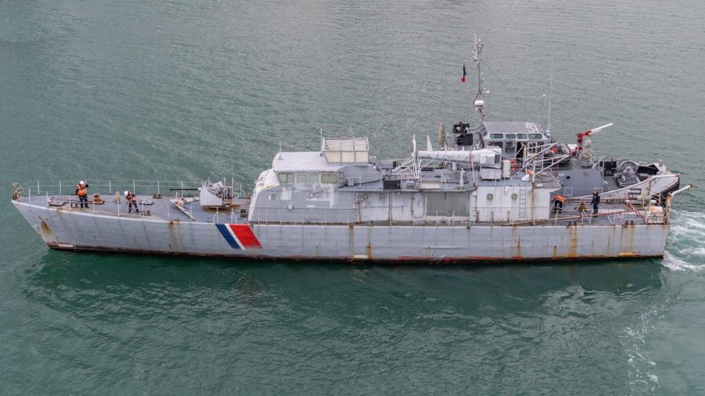 [Autre sujet Marine Nationale] Démantèlement, déconstruction des navires - TOME 2 - Page 11 Glaive11