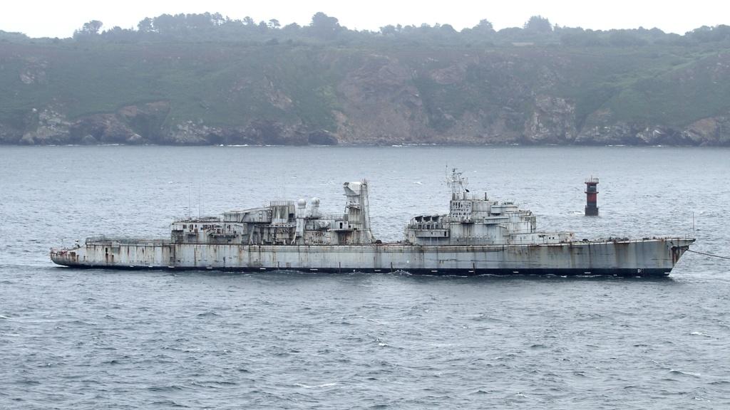 [Autre sujet Marine Nationale] Démantèlement, déconstruction des navires - TOME 2 - Page 7 Q813_e11