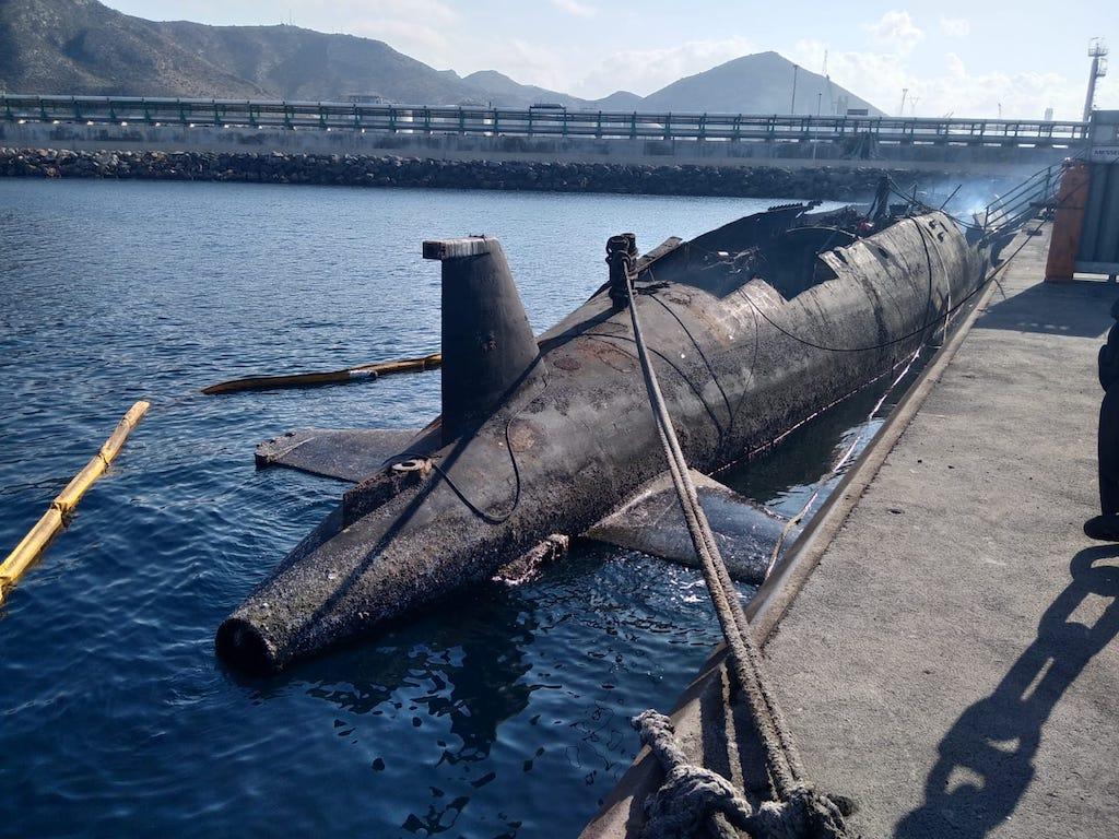 [Autre sujet Marine Nationale] Démantèlement, déconstruction des navires - TOME 2 - Page 23 Whatsa11