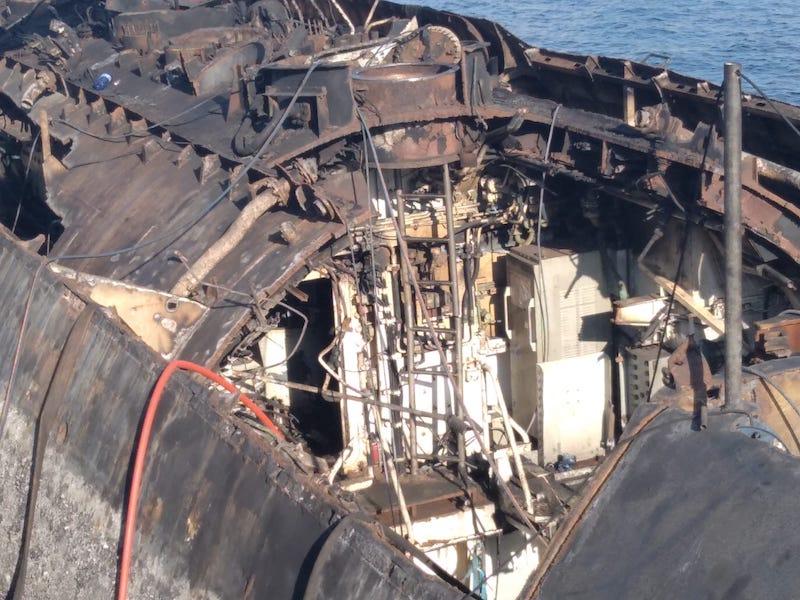 [Autre sujet Marine Nationale] Démantèlement, déconstruction des navires - TOME 2 - Page 23 Whatsa12