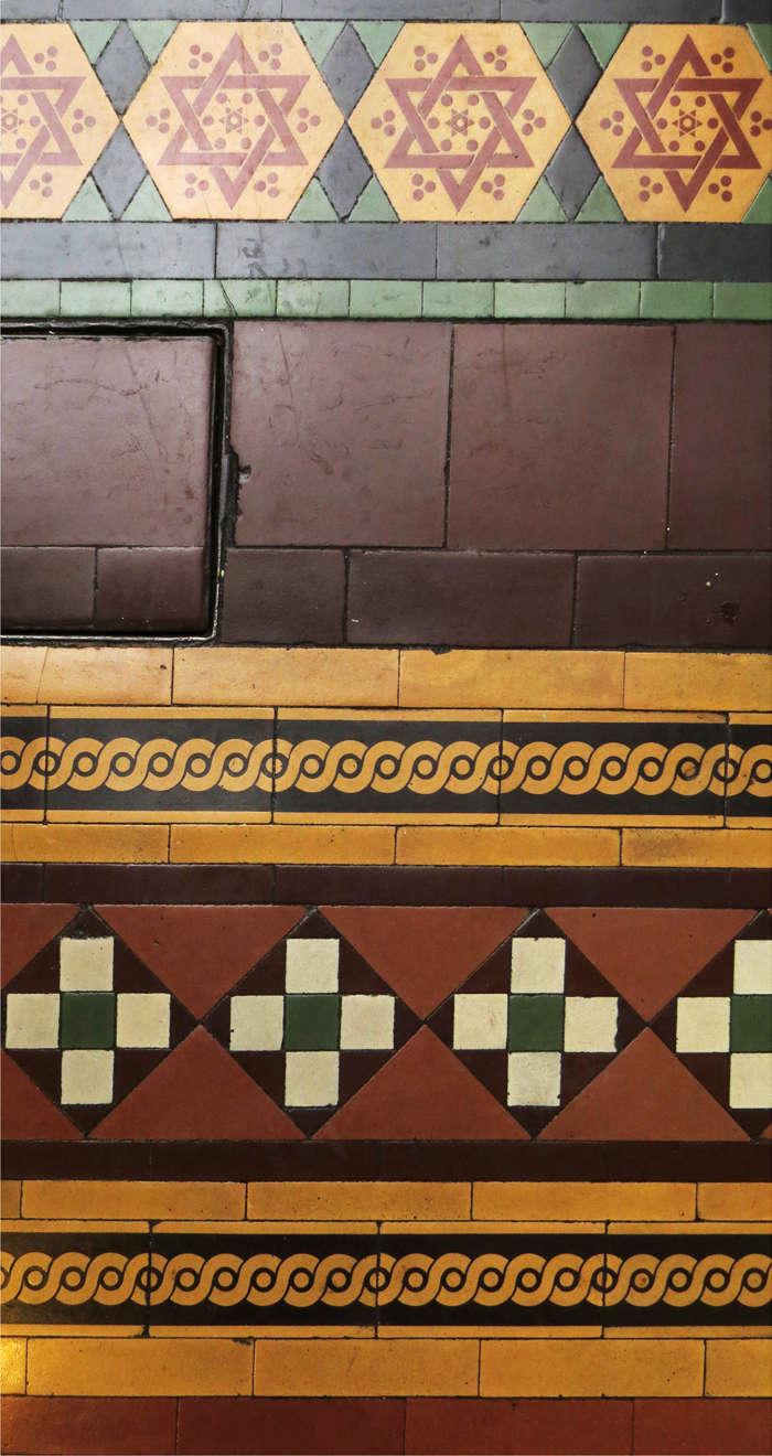 Tiles: MAW & Co, Broseley, Jackfield, Salop (Shropshire). Img_9112