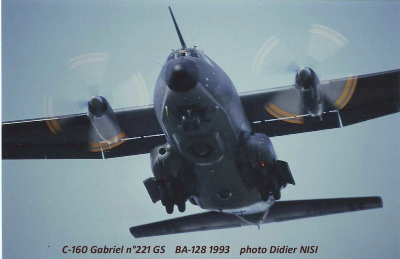 1/72 Heller Transall C-160G Gabriel - Page 2 Photo_32
