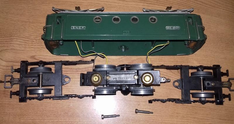 BB 8101 JEP 6069L: Problème de passage sur les aiguillages Chyssi11