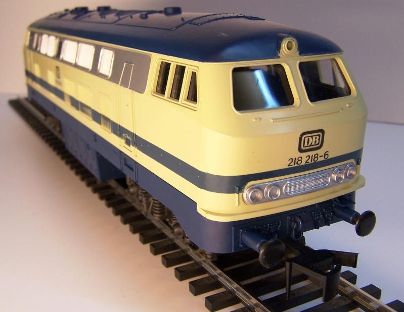 La locomotive diesel V160 Baureihe 216 et 218 de la DB de Lima au 1:45. Lima_o33