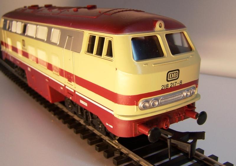 La locomotive diesel V160 Baureihe 216 et 218 de la DB de Lima au 1:45. Lima_o44