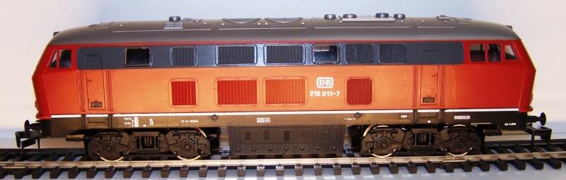 La locomotive diesel V160 Baureihe 216 et 218 de la DB de Lima au 1:45. Lima_o48