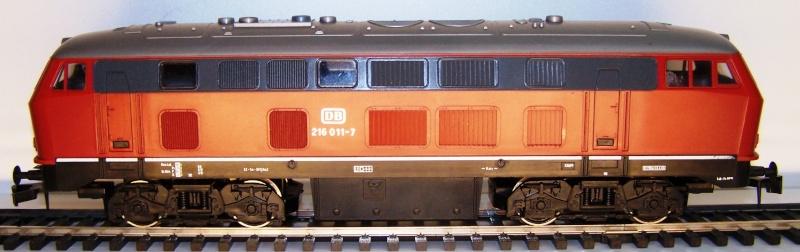 La locomotive diesel V160 Baureihe 216 et 218 de la DB de Lima au 1:45. Lima_o49