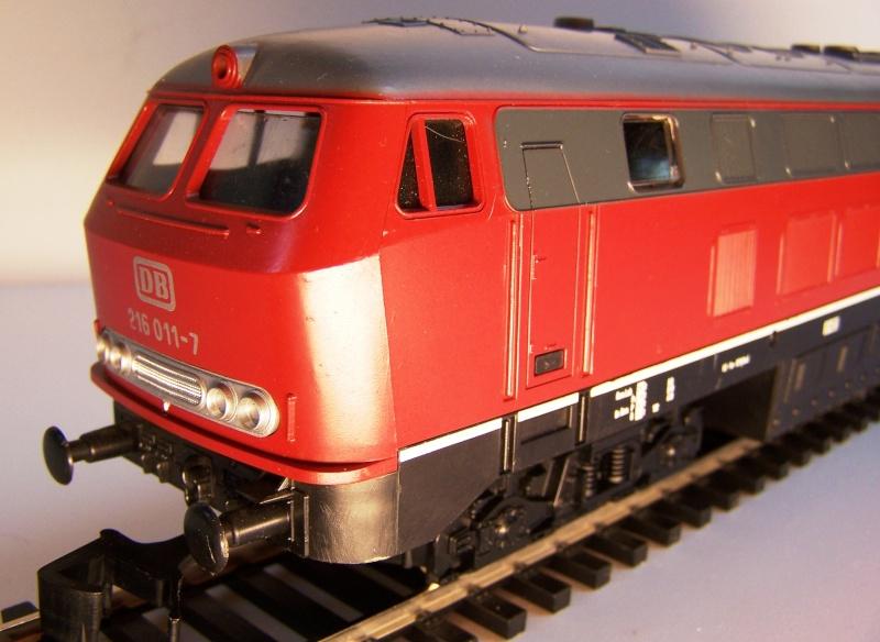 La locomotive diesel V160 Baureihe 216 et 218 de la DB de Lima au 1:45. Lima_o51