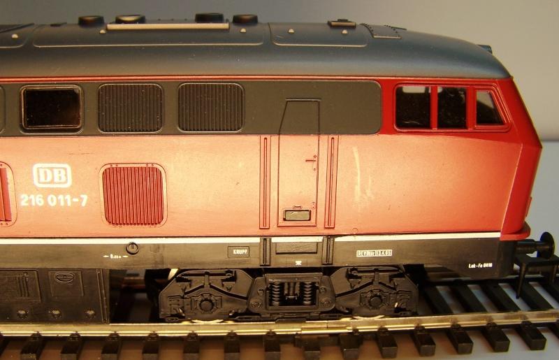 La locomotive diesel V160 Baureihe 216 et 218 de la DB de Lima au 1:45. Lima_o52