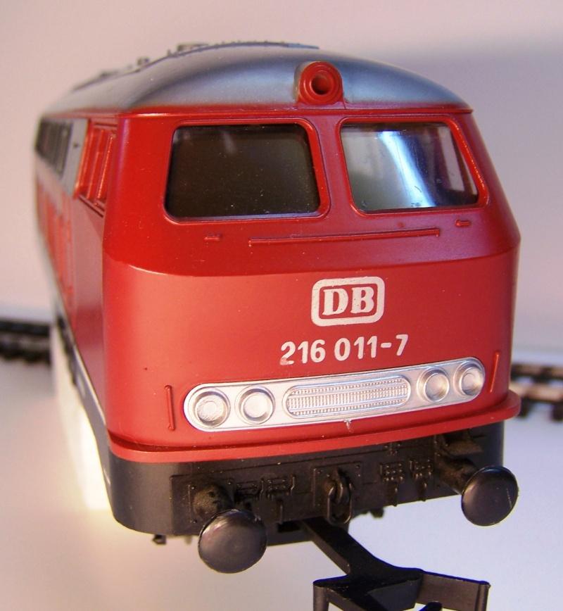 La locomotive diesel V160 Baureihe 216 et 218 de la DB de Lima au 1:45. Lima_o53