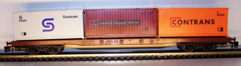 Les wagons plats porte-container de 20 pieds de Lima. Lima_p16