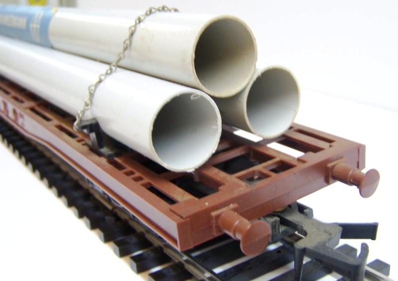 Le Wagon Plat avec chargement de Tubes MANNESMANN au 1:45 de Lima Lima_p22