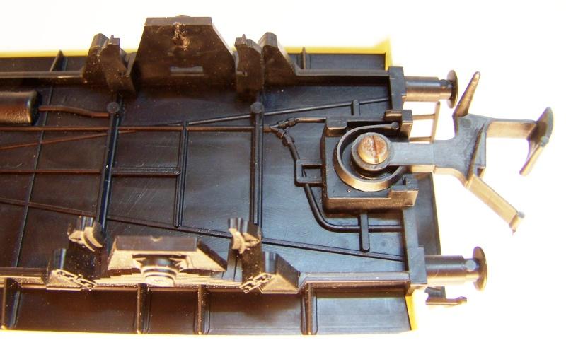 Constitution d'un wagon réfrigérant Lima au 1/45. Lima_r35